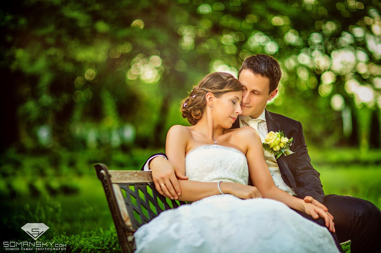Esküvői beállított kreatív fotók